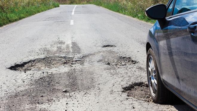 buracos na estrada