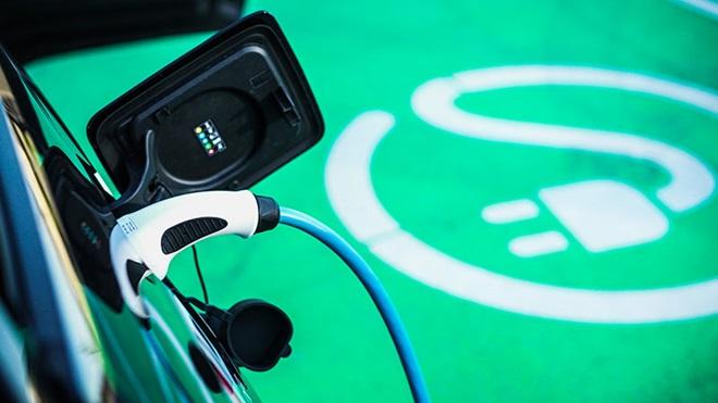 Imagem Carros elétricos: quanto custa carregar a bateria?