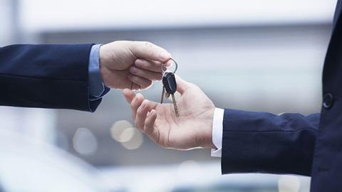 Entrega da chave do carro