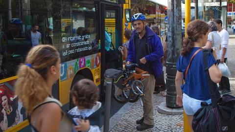 bicicletas nos transportes