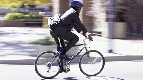 ciclista e código da estrada