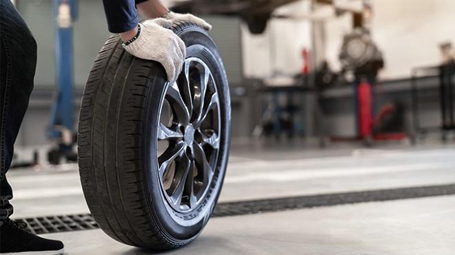 Imagem Metade da poluição do carro é desgaste de pneus e travões