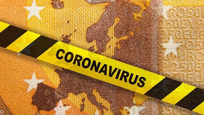 ilustração com notas e faixa a dizer coronavírus