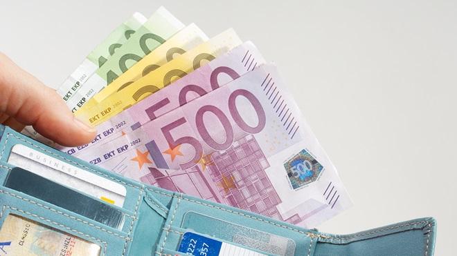 Pagamentos com dinheiro limitados a 3 mil euros