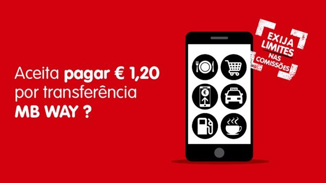 Telemóvel com os símbolos dos serviços onde se pode pagar com a app MB WAY