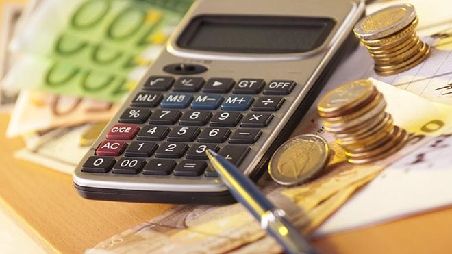notas e moedas que representam as mais-valias a declarar  no IRS