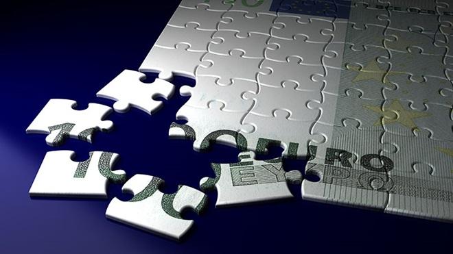puzzle com imagem de nota de euro