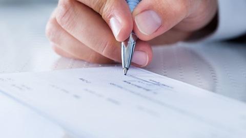 fraude cheques pre datados