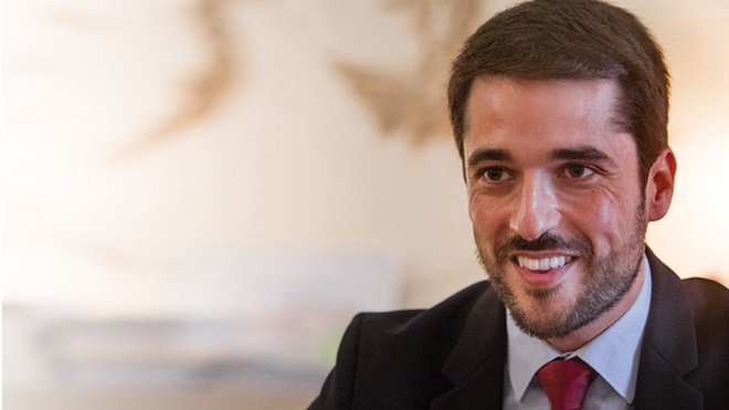 Grande plano de João Torres, Secretário de Estado do Comércio, Serviços e Defesa do Consumidor