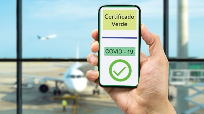 Certificado verde digital em smartphone