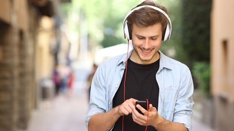 O teste aos serviços streaming de audio on demand Spotify, Apple Music, Google Play Music, MEO Music, Deezer, Tidal e Microsoft Groove.