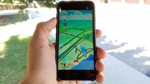 A febre do Pokémon Go estreou-se em Portugal há algumas semanas e, tal como aconteceu noutros países, conquistou milhares logo à chegada.