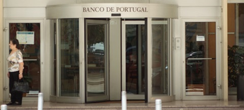 Banco de Portugal dá razão à DECO