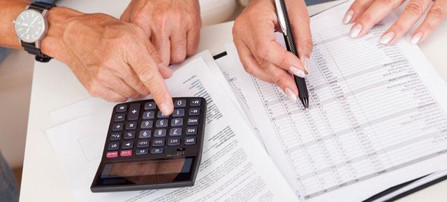 Os administradores são obrigados conceder aos condóminos acesso aos documentos que não entrem na esfera privada dos restantes moradores.
